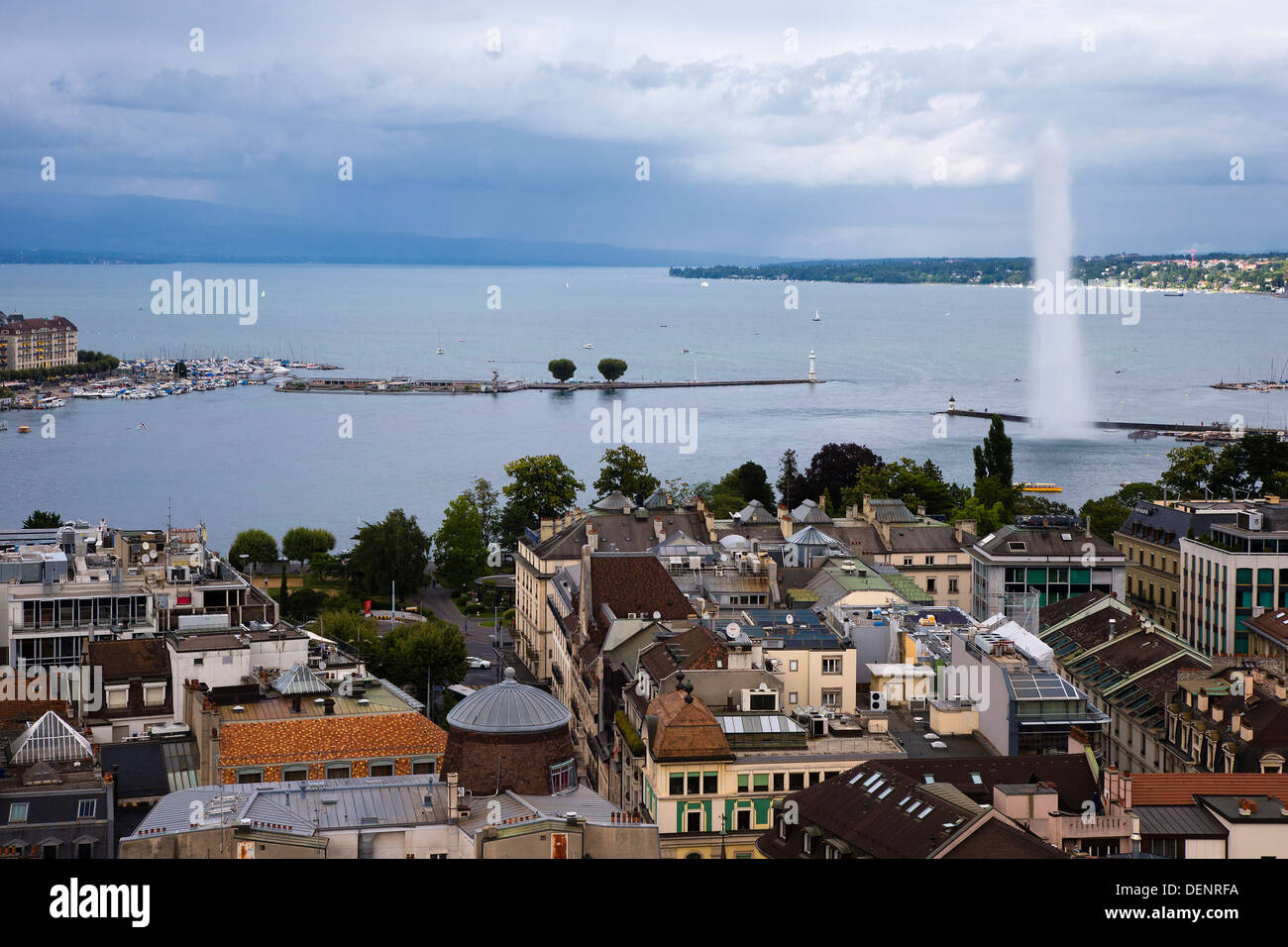 Aerial view of Geneva Lake and the Jet d'eau taken from a tower of the Cathedrale Saint Pierre (Saint Peter Cathedral), Geneva - Stock Image