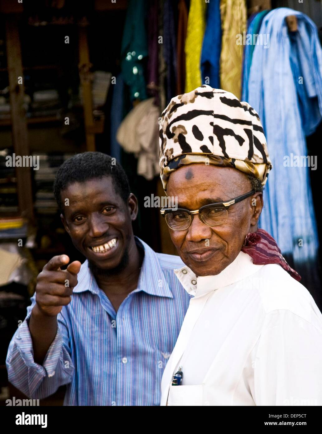 Smile please! market scenes in Burkina Faso. - Stock Image