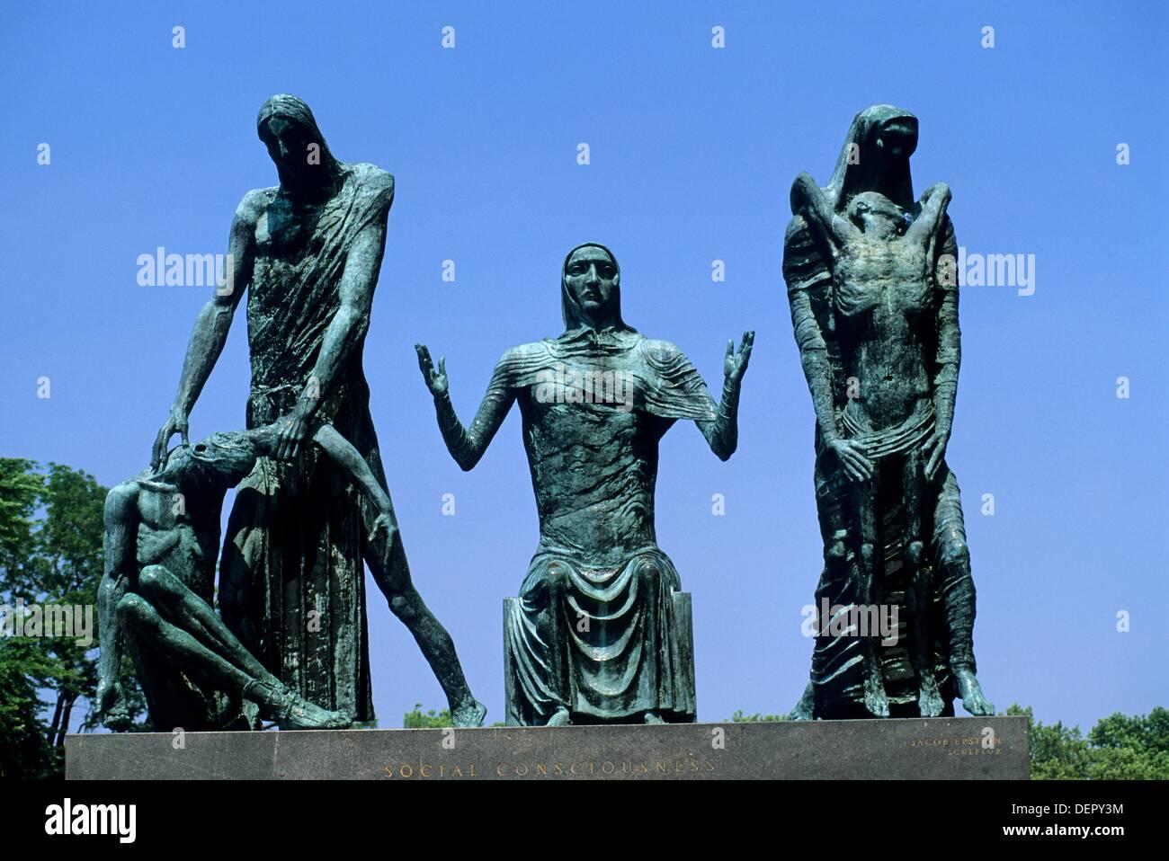 ´social consciousness´ sculpture of Jacob Epstein, Philadelphia Museum of Art, Pennsylvania, United States - Stock Image