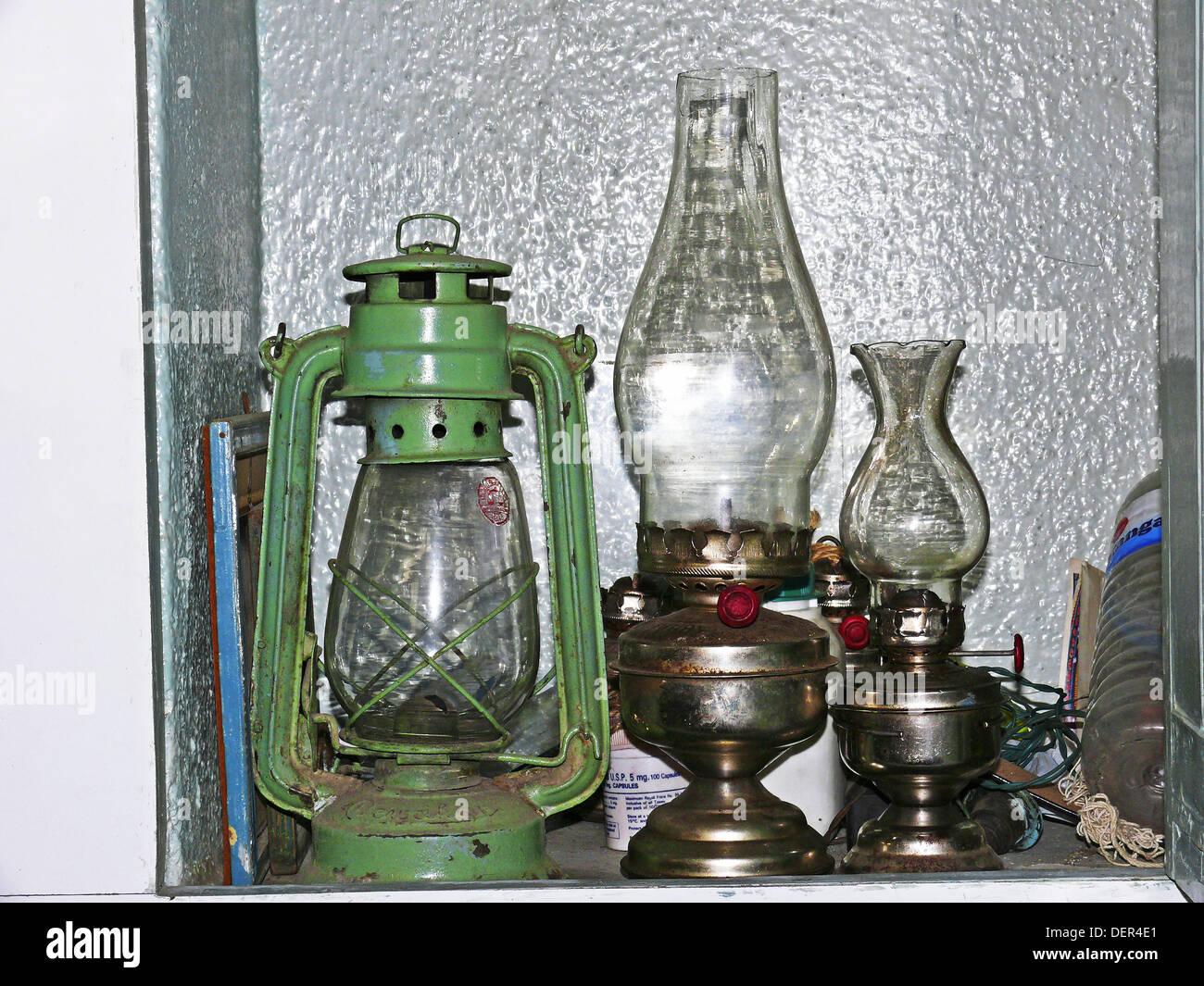 Antique lantern and kerosene lamps. Pune, Maharashtra, India. - Stock Image