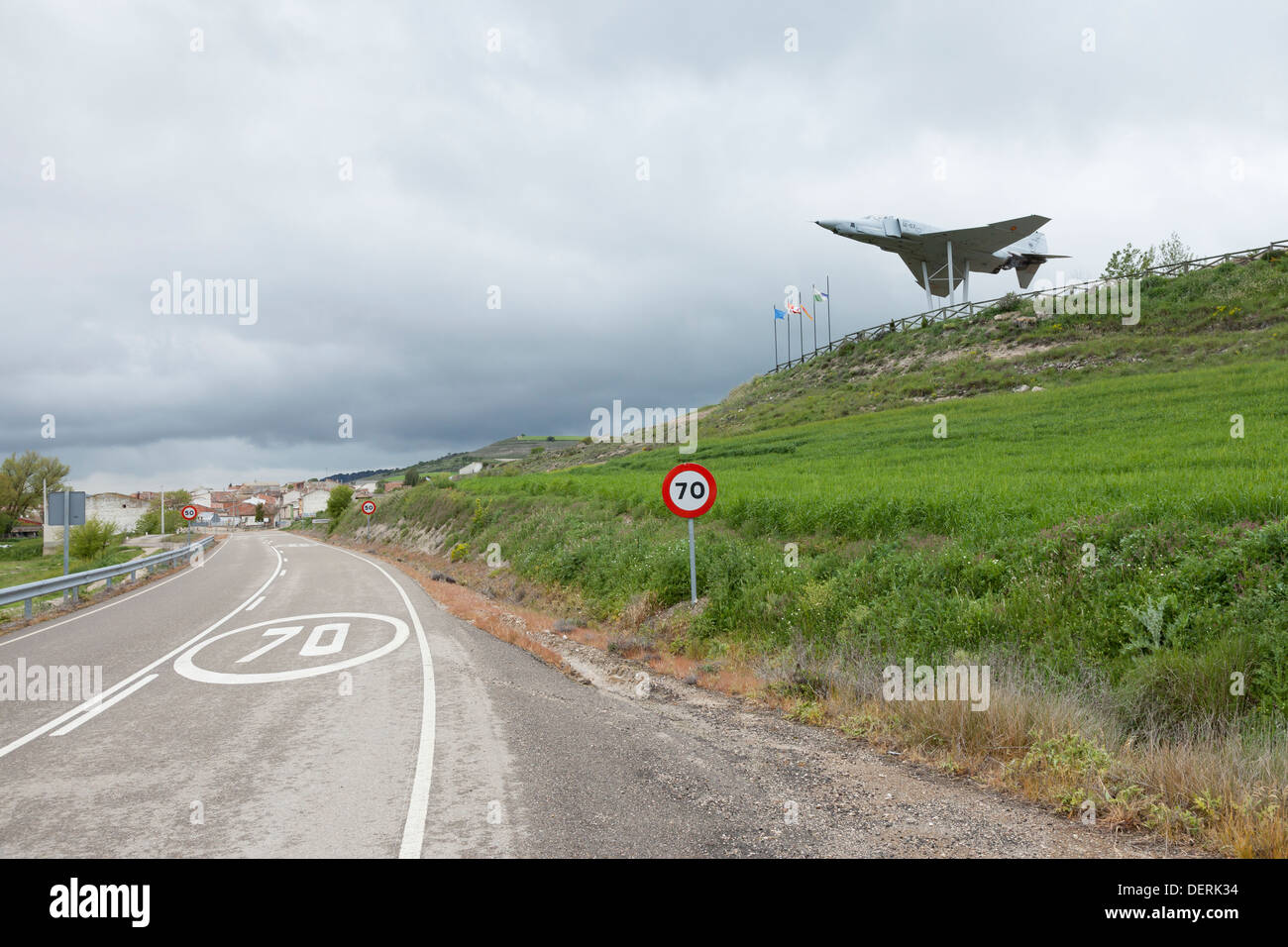 Monument to local military aviation pioneers in the villiage of Antigüedad - Province of Palencia, Castile and León, Spain - Stock Image
