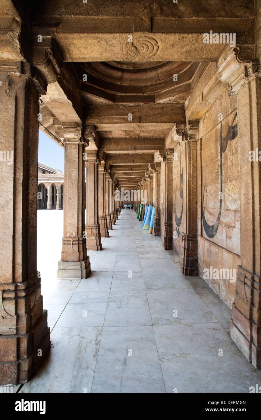 Corridor of a mosque, Jama Masjid, Ahmedabad, Gujarat, India Stock Photo