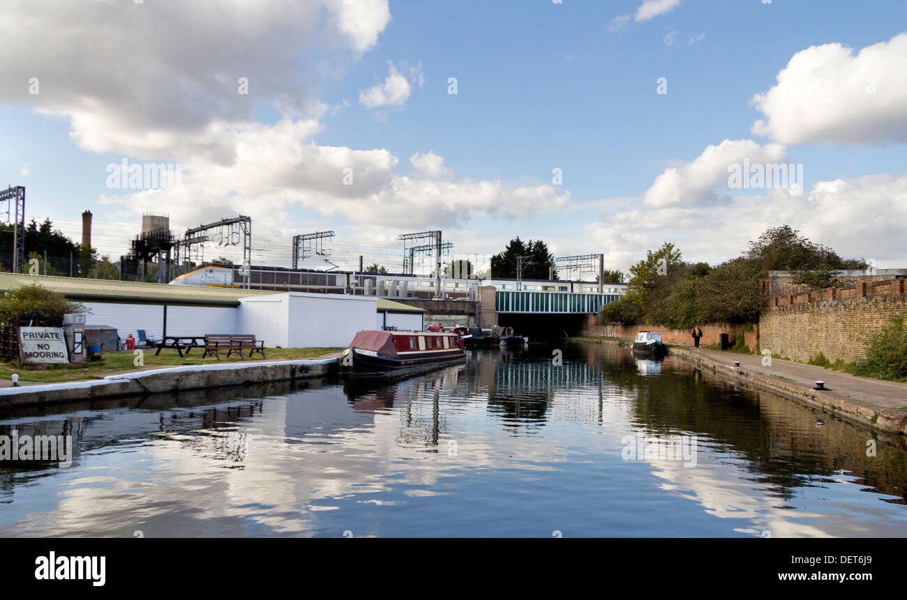 The Regents Canal at St Pancras in London. - Stock Image