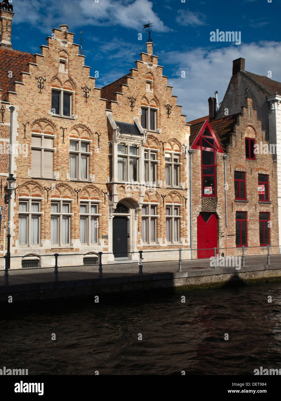 Bruges guilded canal houses - Stock Image