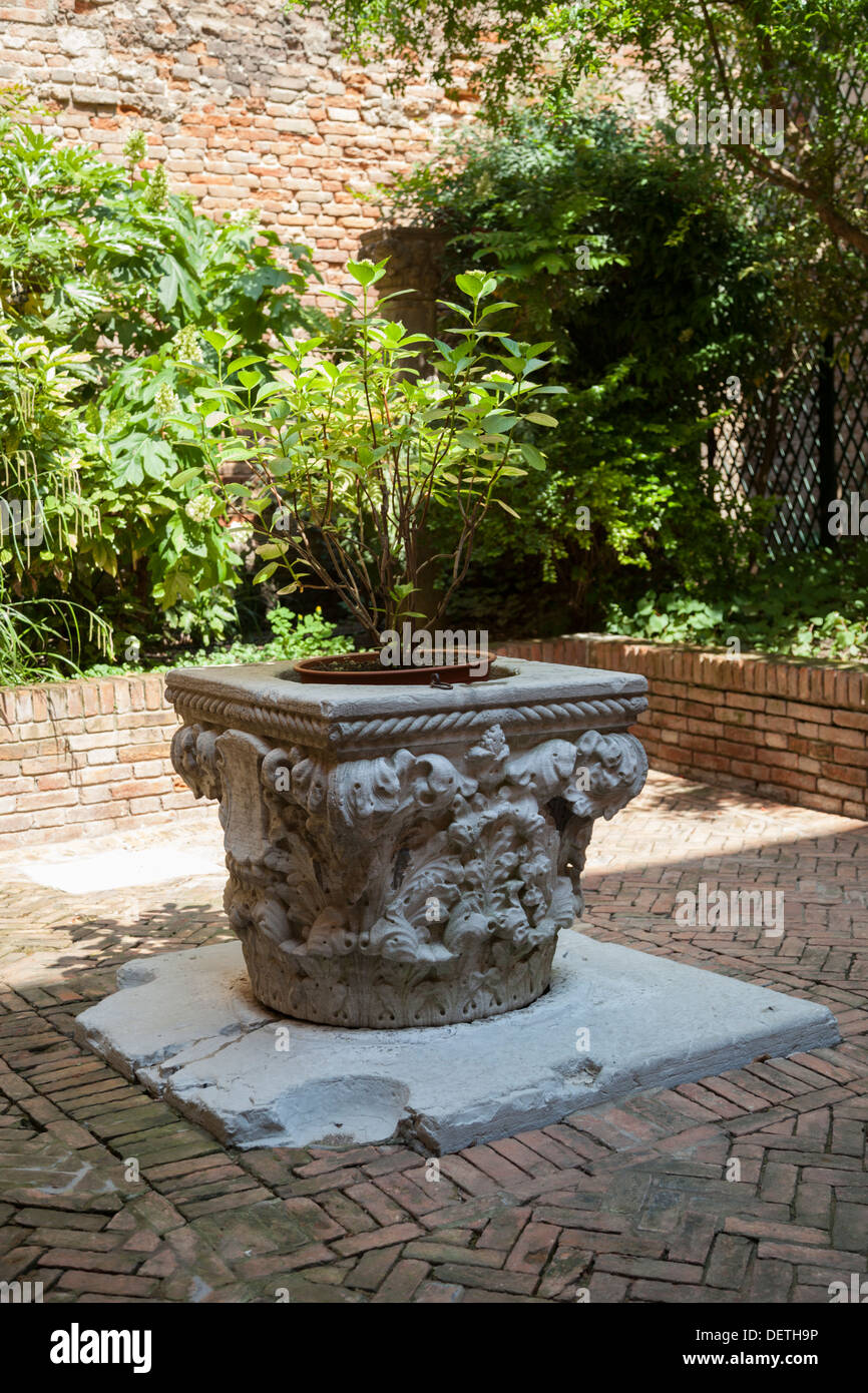 A private well in Venice (Italy). Nowadays about 600 wells are still remaining in the town, at least their edges. - Stock Image