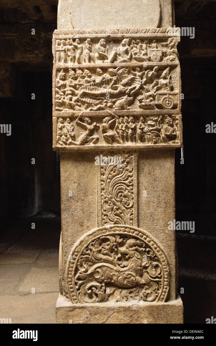 Carvings in a Column -Scene from the Mahabharata  in Virupaksha Temple in Pattadakal. Detailed scenes from the epics - Stock Image