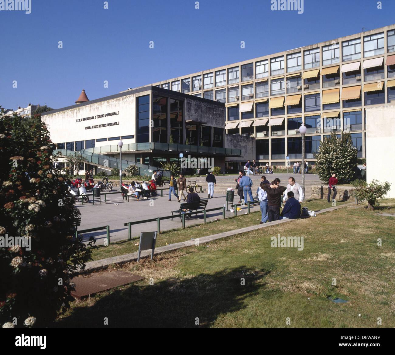 Polytechnical University of Barcelona. Escuela de Altos Estudios ...