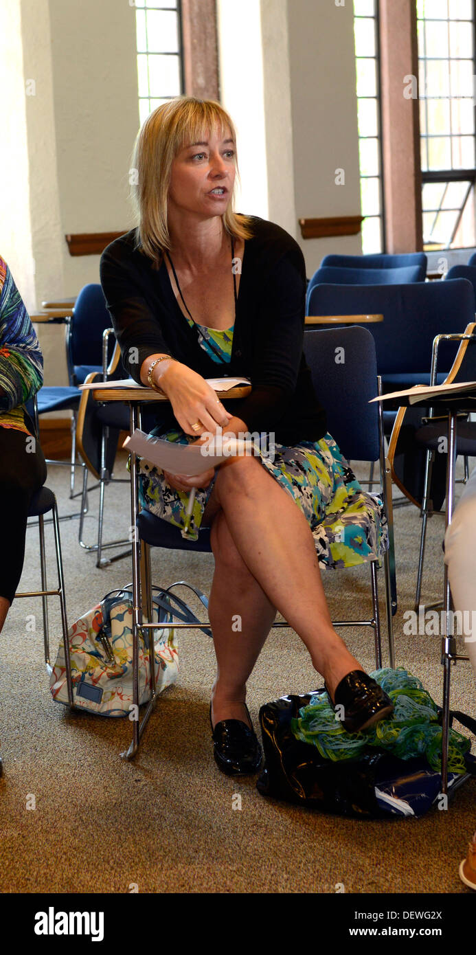 Writer's Workshop, Yale Summer School. Writer Sybil Baker teaches workshop participants. - Stock Image