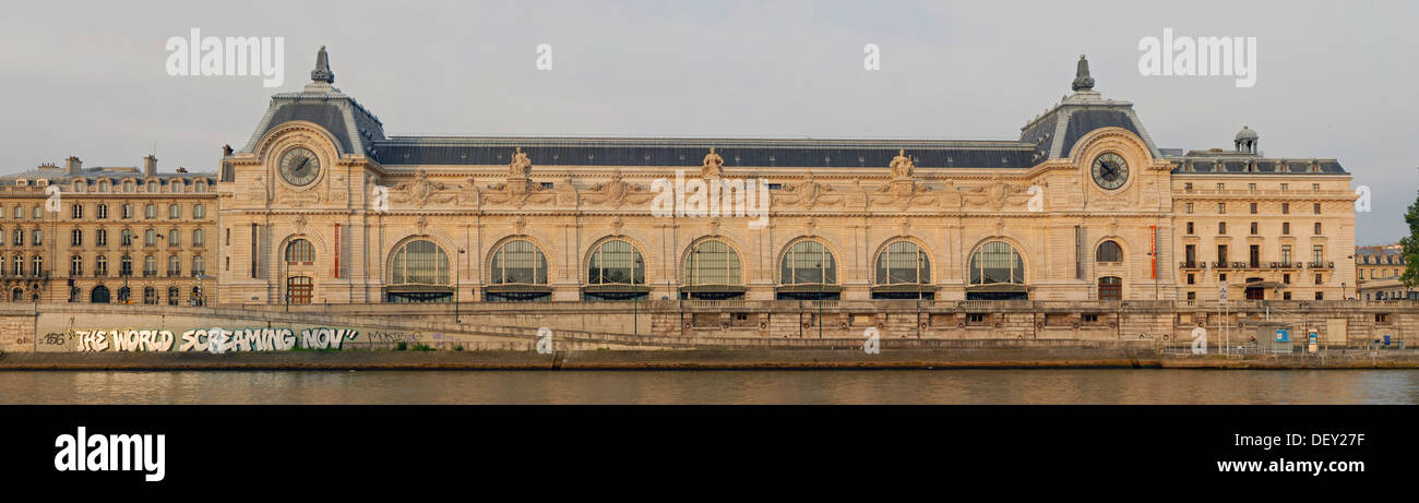 The Musée d'Orsay at the early morning seen from across the river Seine, Paris, Ile-de-France, France, Europe - Stock Image