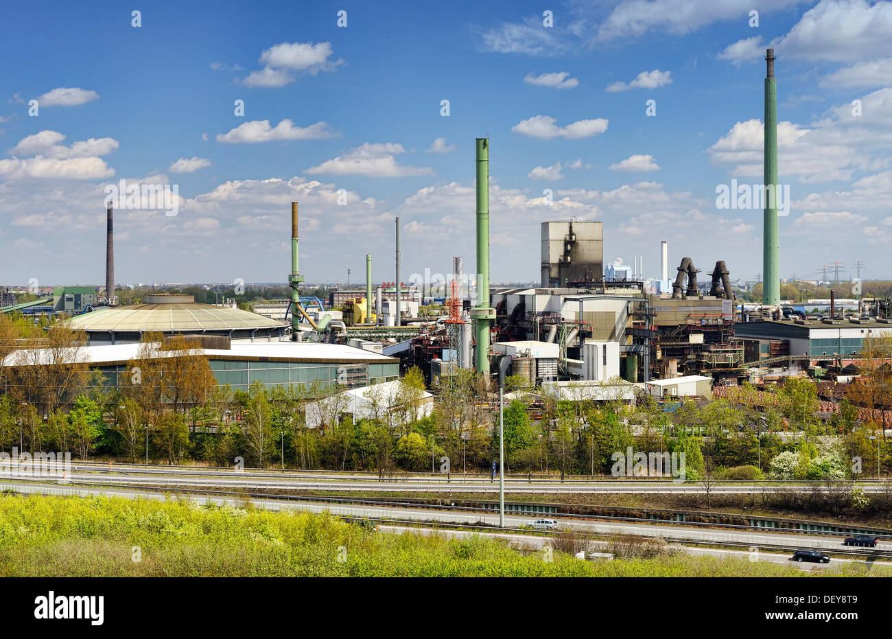 Part area of the Aurubis AG in Hamburg, the biggest copper producer of Europe, Teilgelände der Aurubis AG in Hamburg, größter Ku - Stock Image