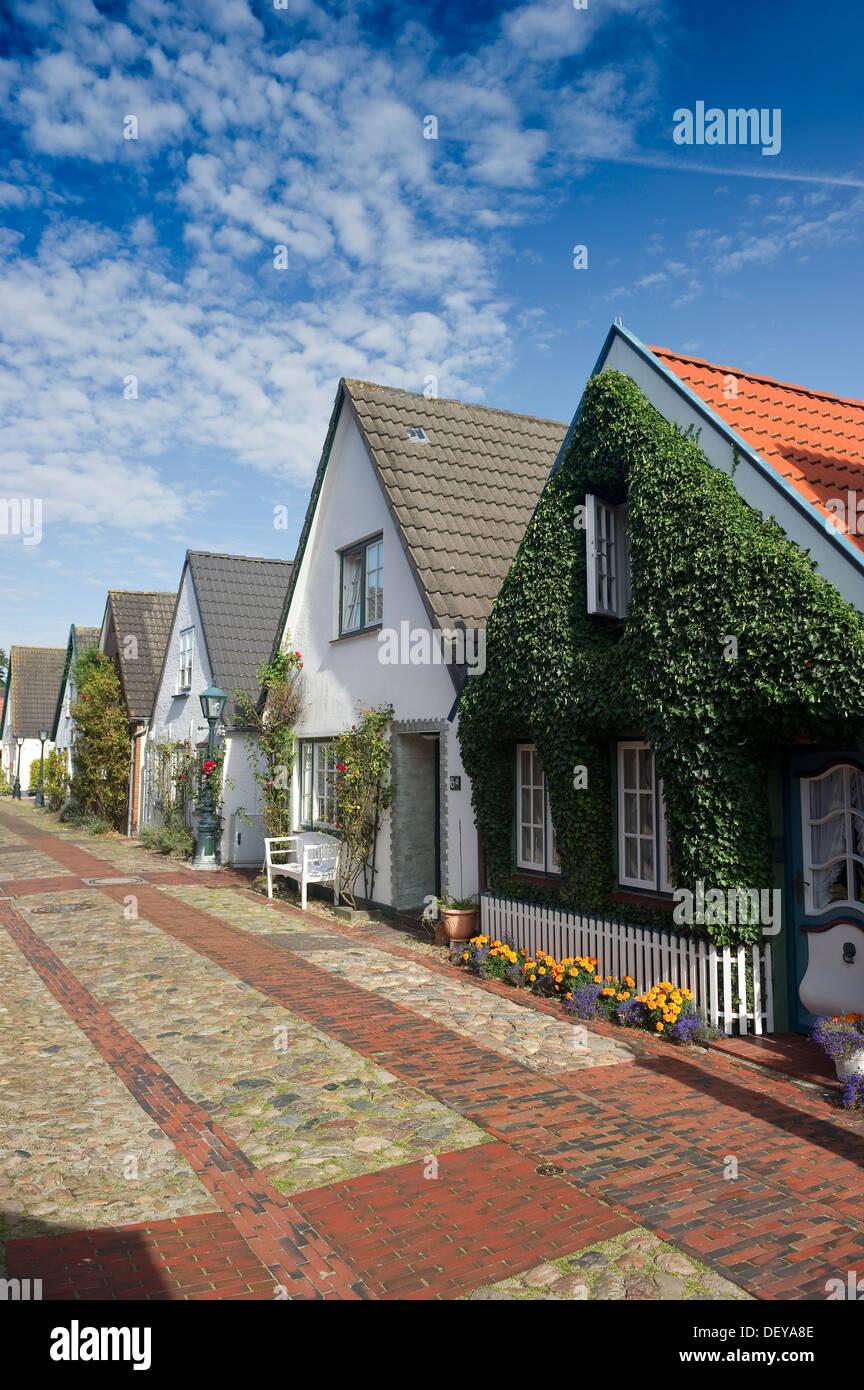 Captains' houses in Carl-Haeberlin-Strasse street, Wyk, Foehr island, North Frisia, Schleswig-Holstein - Stock Image