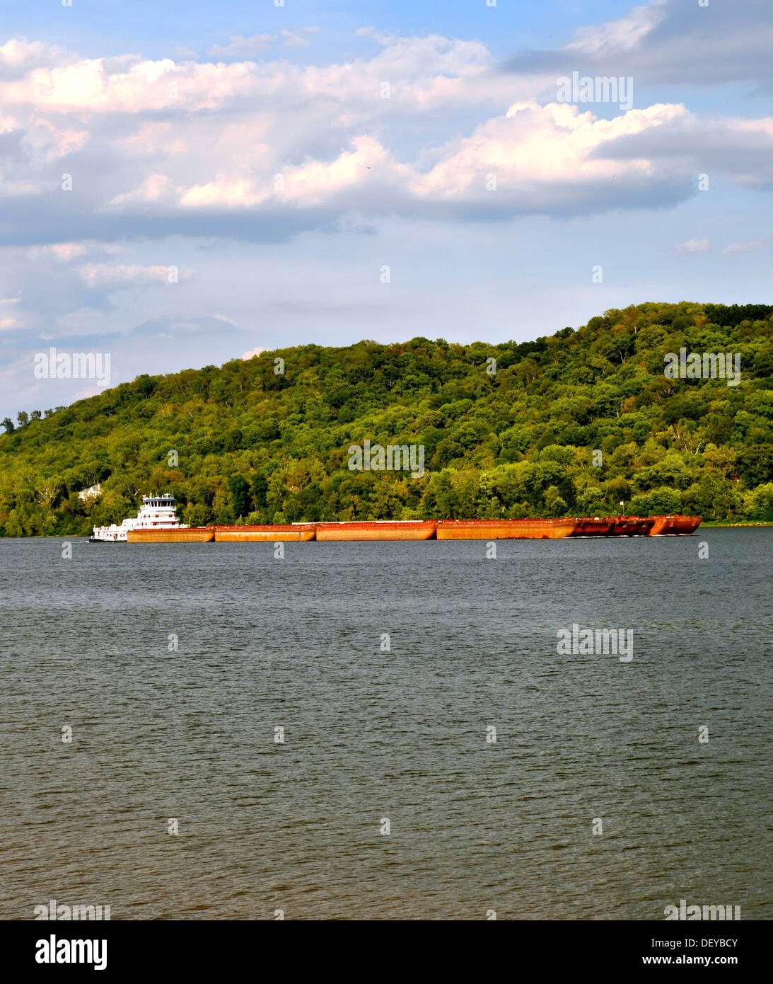 towboat and barge - Rising Sun 3 - Stock Image