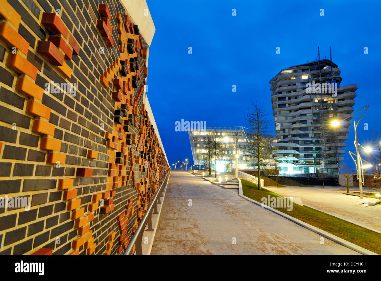 Marco Polo Tower and Unilever Headquarters, Strandkai quay, HafenCity district, Hamburg - Stock Image