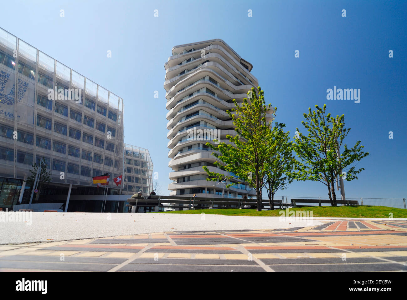The apartment building Marco-Polo-Tower, Strandkai quay, Hafencity, Hamburg - Stock Image