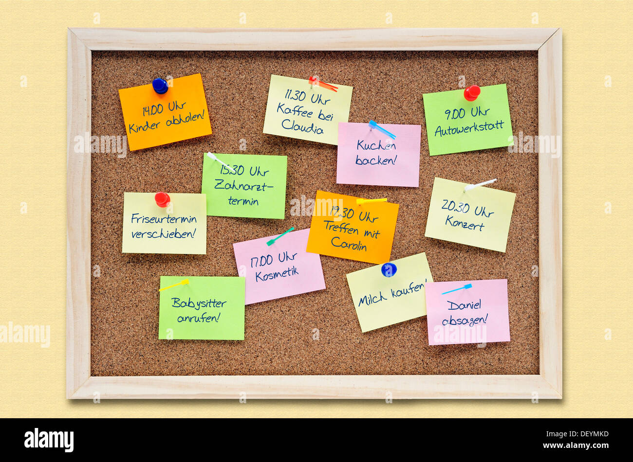 Pinboard with notes, appointments, symbolic image illustrating schedule difficulties - Stock Image