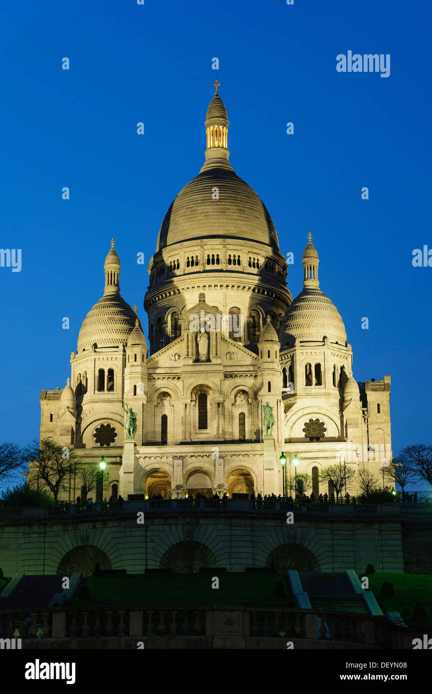 Basilica Of The Sacred Heart Of Paris Sacre Coeur Montmartre