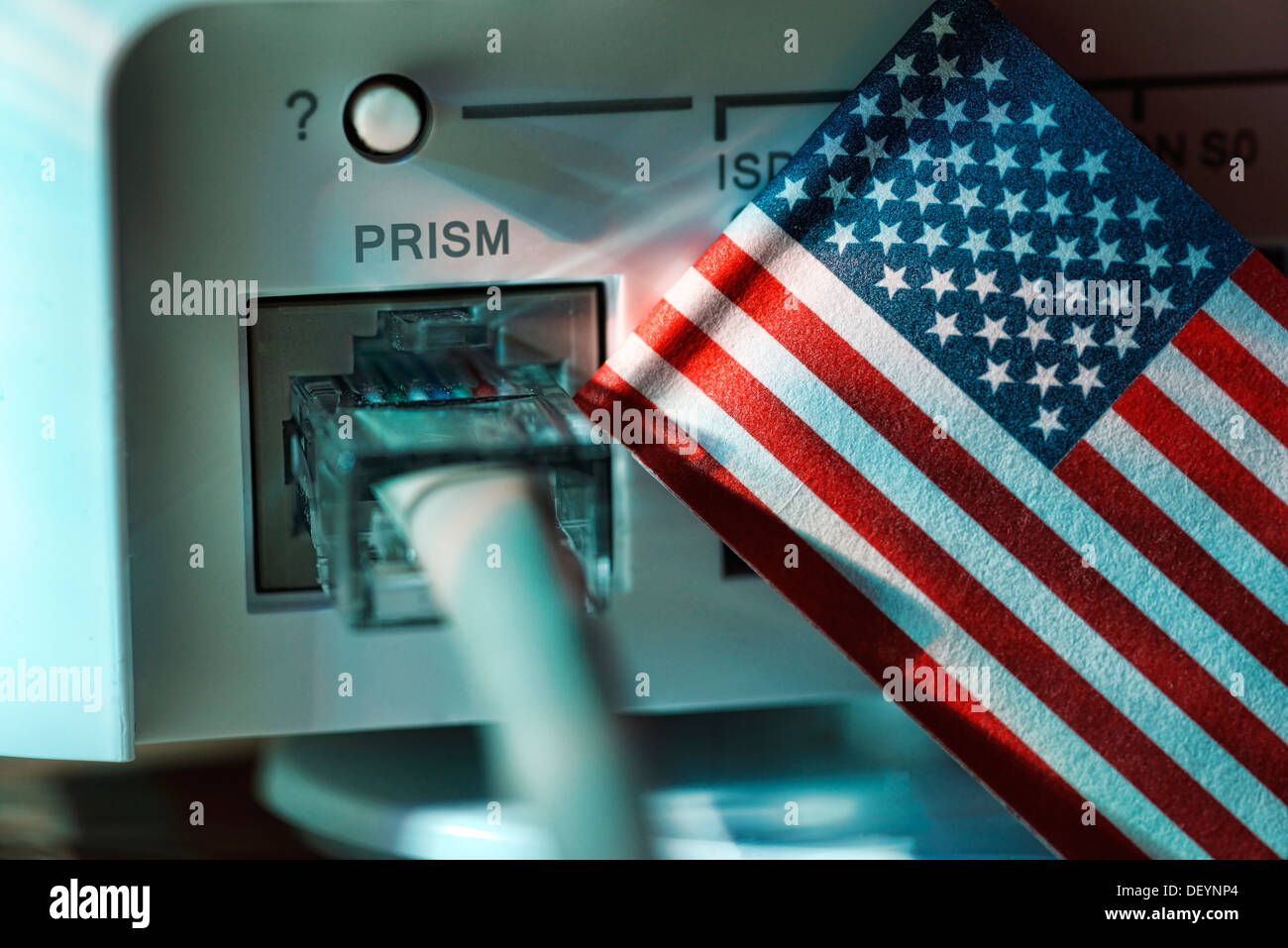Internet cable in a modem and USA flag, symbolic photo listening scandal Prism, Internetkabel an einem Modem und USA-Fahne, Symb - Stock Image