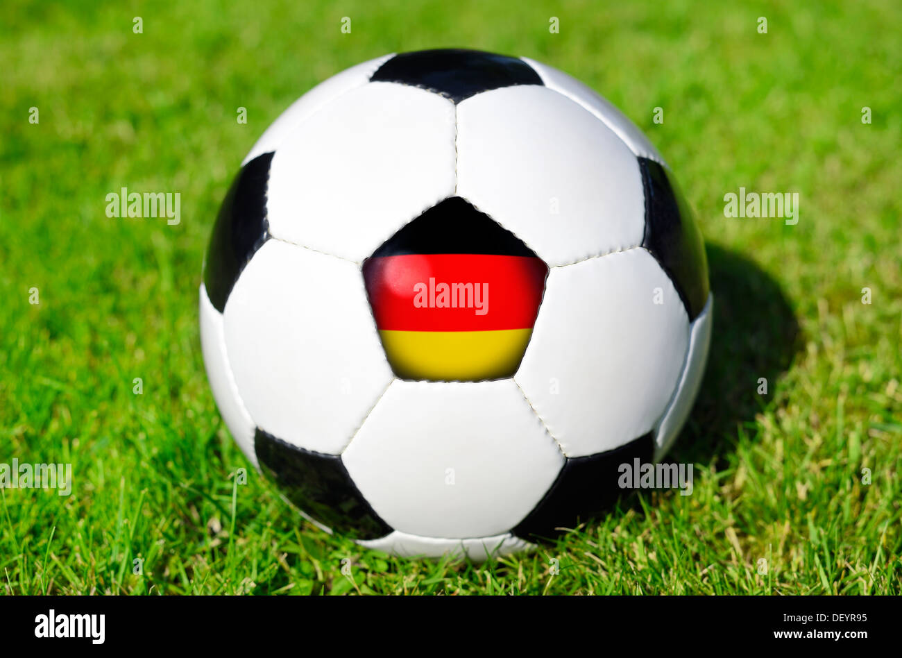 Black-and-white football with Germany flag, Schwarz-weißer Fußball mit Deutschlandfahne Stock Photo