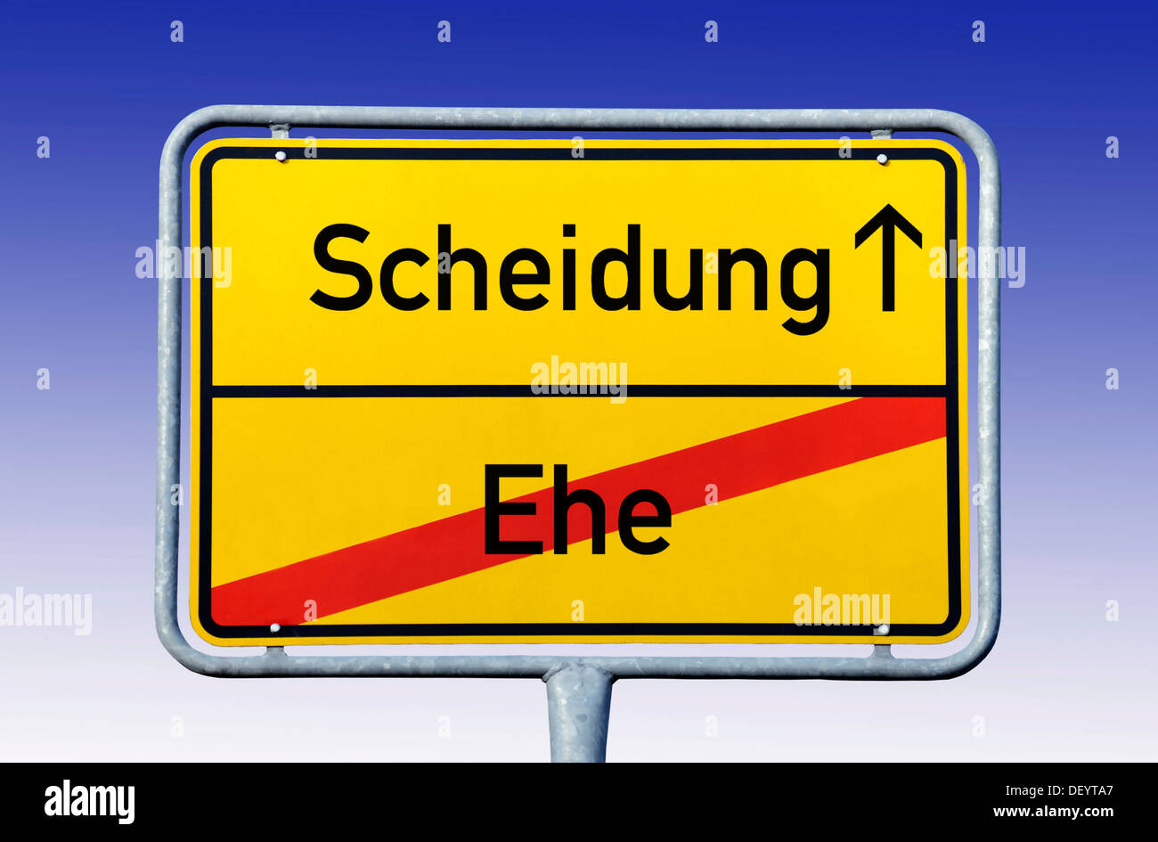 City limits sign, leaving Ehe, entering Scheidung, German for leaving marriage and entering divorce, symbolic image - Stock Image