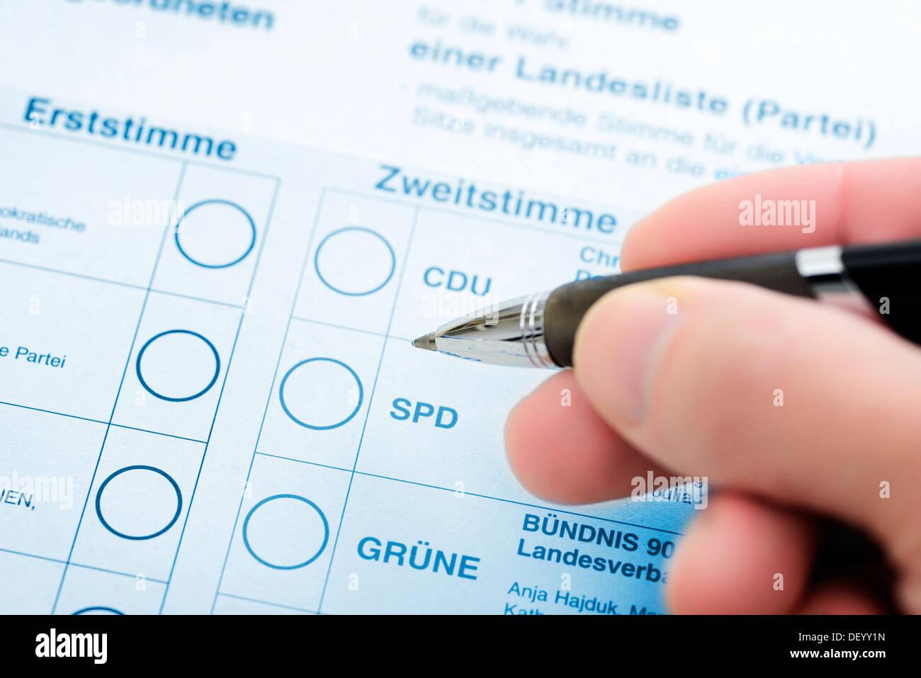 Vote for the parliamentary elections, Stimmzettel für die Bundestagswahl - Stock Image