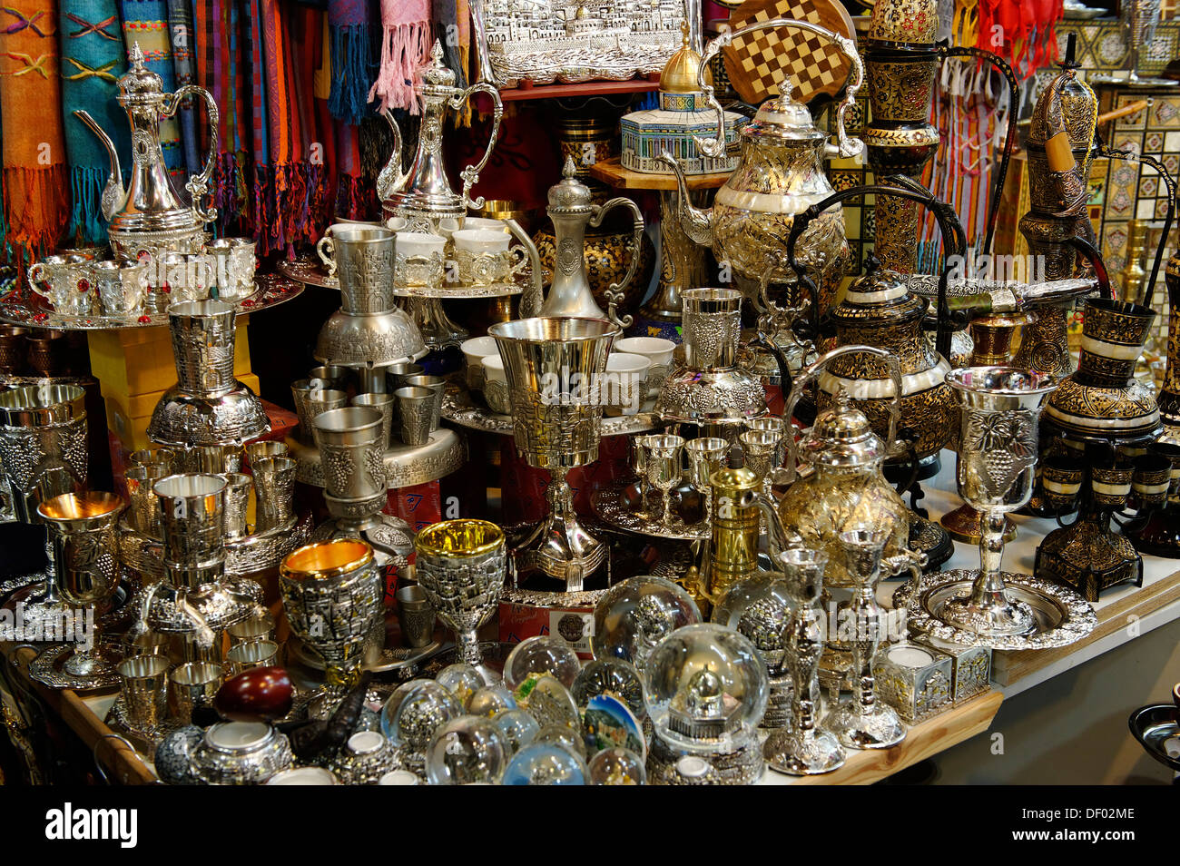 Via Dolorosa, household goods, Bazar, Souk, old town, Jerusalem, Israel, Middle East, Asia - Stock Image