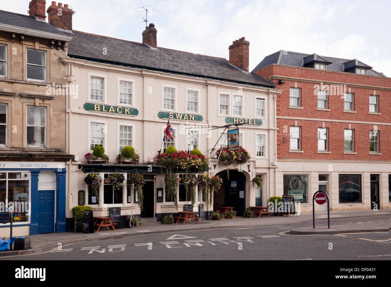 The Black Swan Hotel, Market Place, Devizes - Stock Image