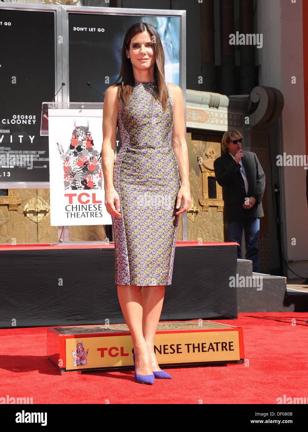 Jennifer Finnigan Feet hollywood, california, usa. 25th sep, 2013. sandra bullock