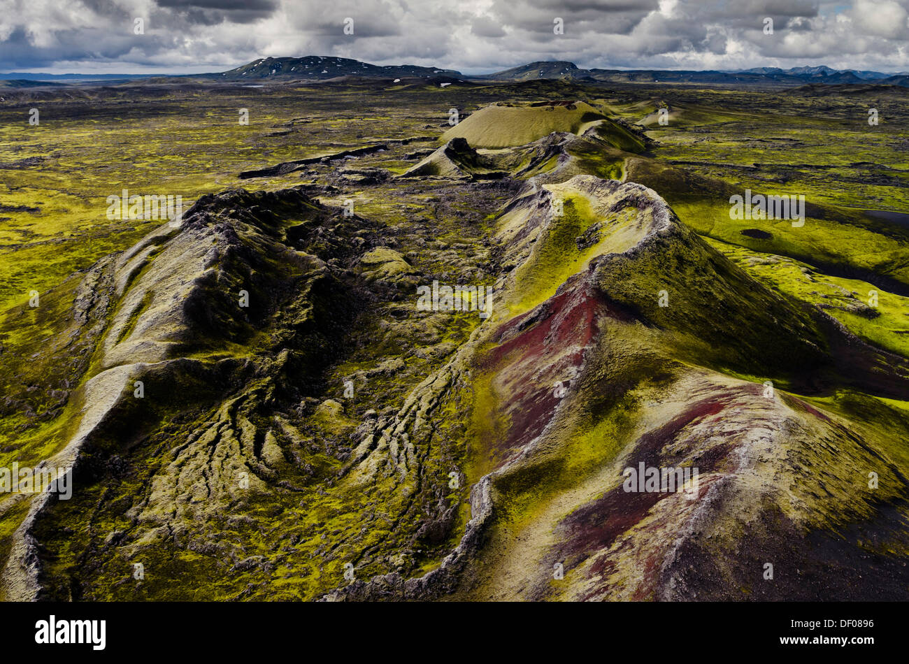 Aerial view, volcanic fissure, moss-covered Craters of Laki or Lakagígar, Icelandic Highlands, Southern Iceland, Suðurland - Stock Image