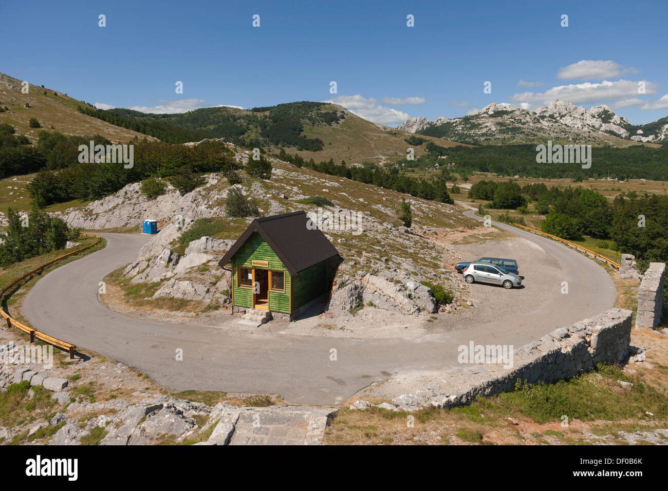 Pass road, Dalmatian Mountains, Dalmatia, Croatia, Southern Europe, Europe - Stock Image