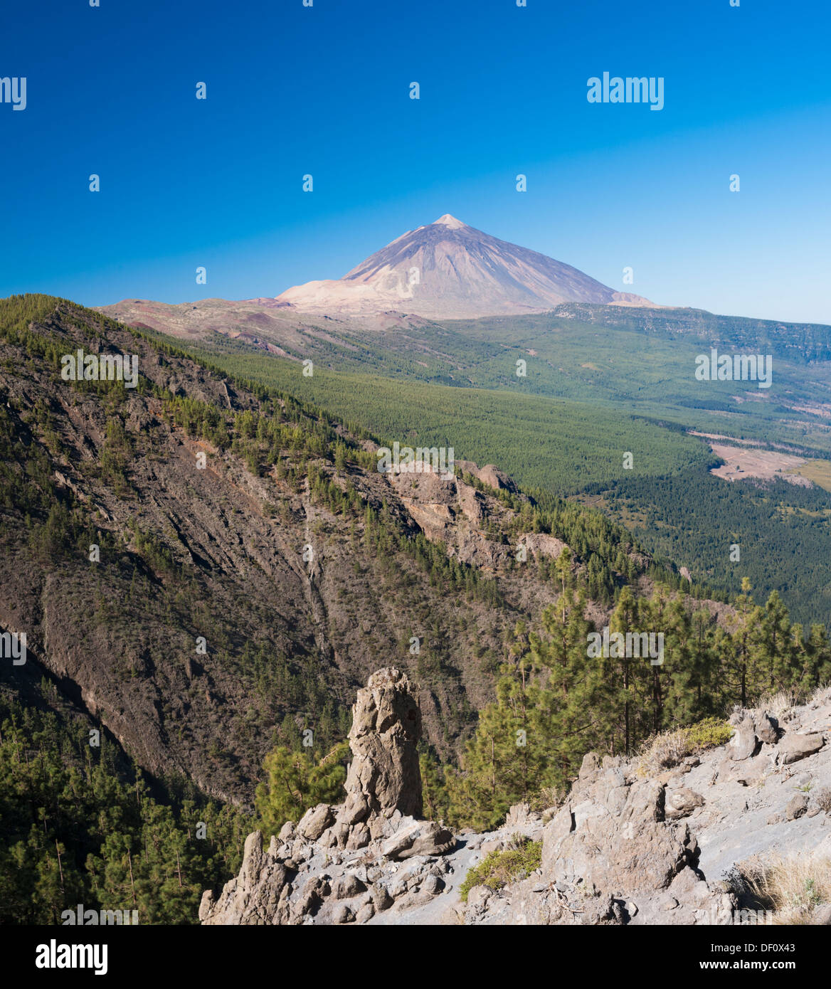 View towards the huge stratovolcano of El Teide, over the Orortava Valley from, La Crucita, Tenerife, Canary Islands - Stock Image