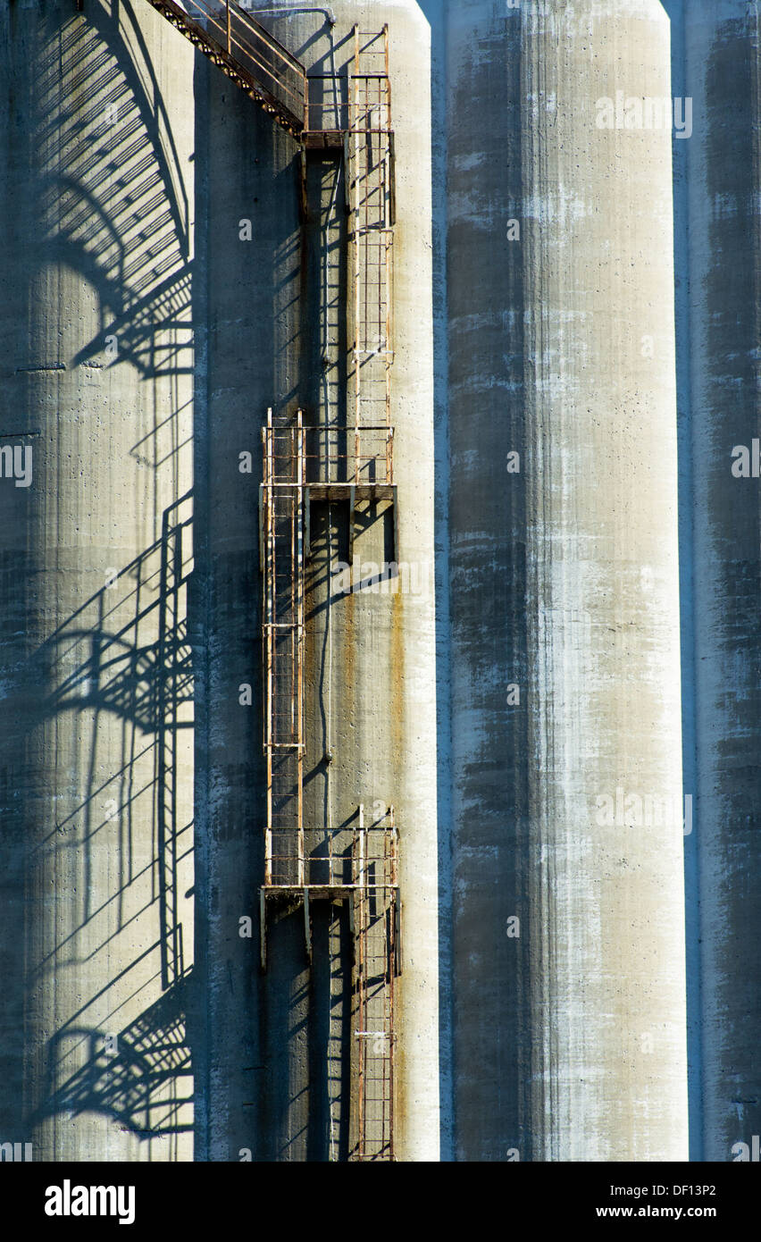 Old silos detailed view in the port of Montreal, Quebec, Canada - Stock Image