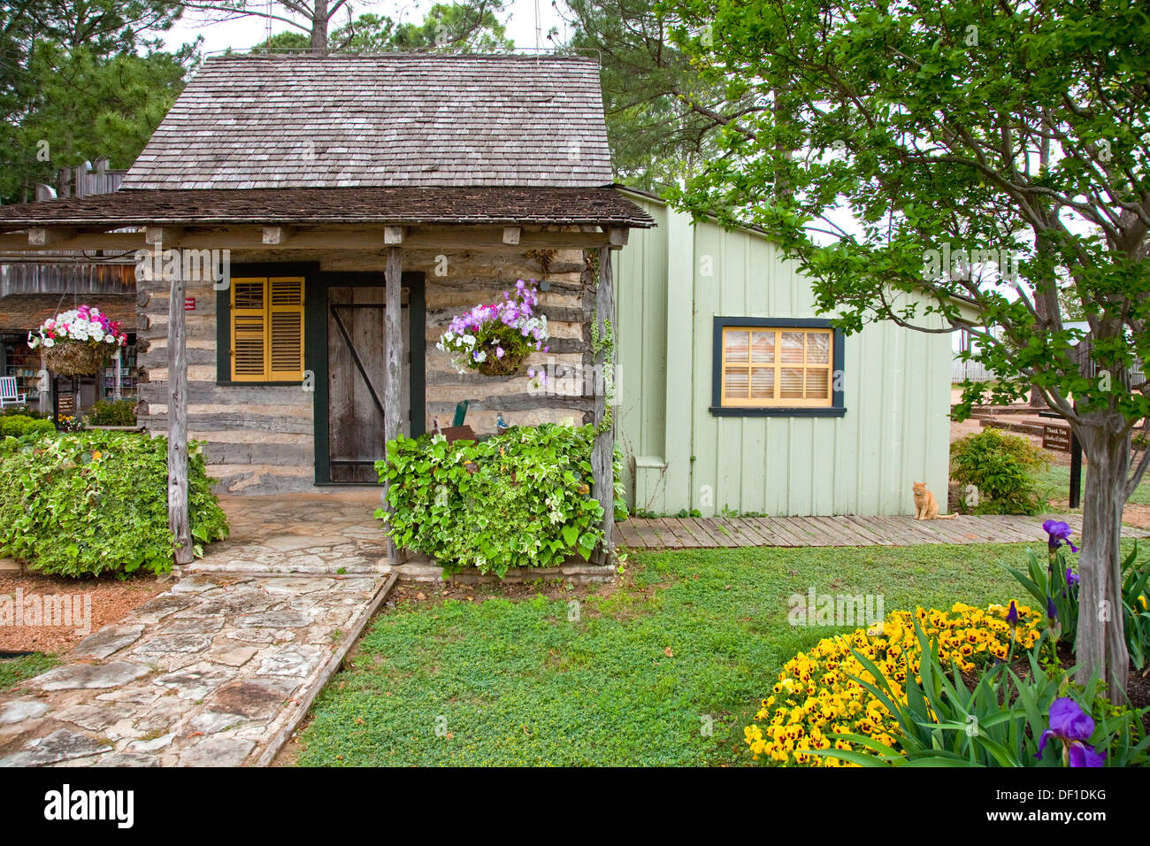 tx with texas throughout breakfastsugarberry bed vaulted sage features room by fredericksburg tongue a houses ceiling sugarberry the found groove an cottage sunday inspired and charming inn cottages