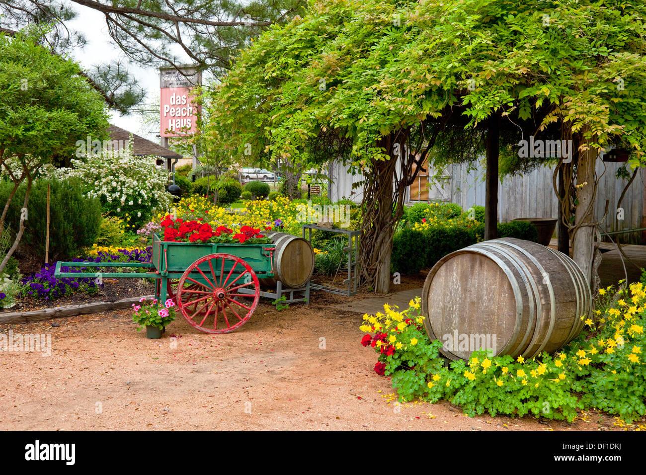Garden decor at the Peach Haus in Fredericksburg, Texas, USA Stock