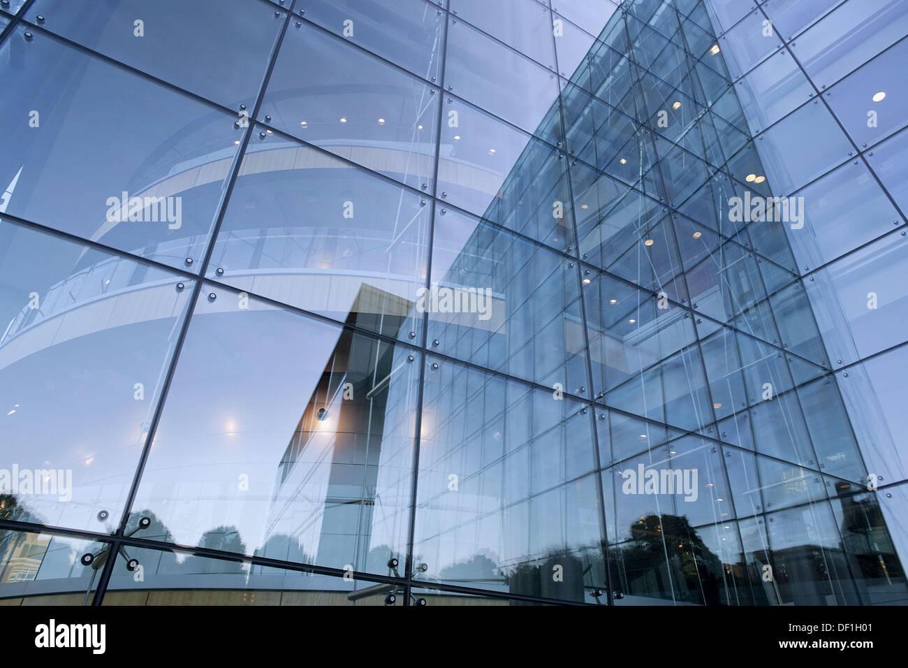 Harvard Medical School, Research Building, glass reflections, Avenue Louis Pasteur, Boston, Massachusetts, USA - Stock Image