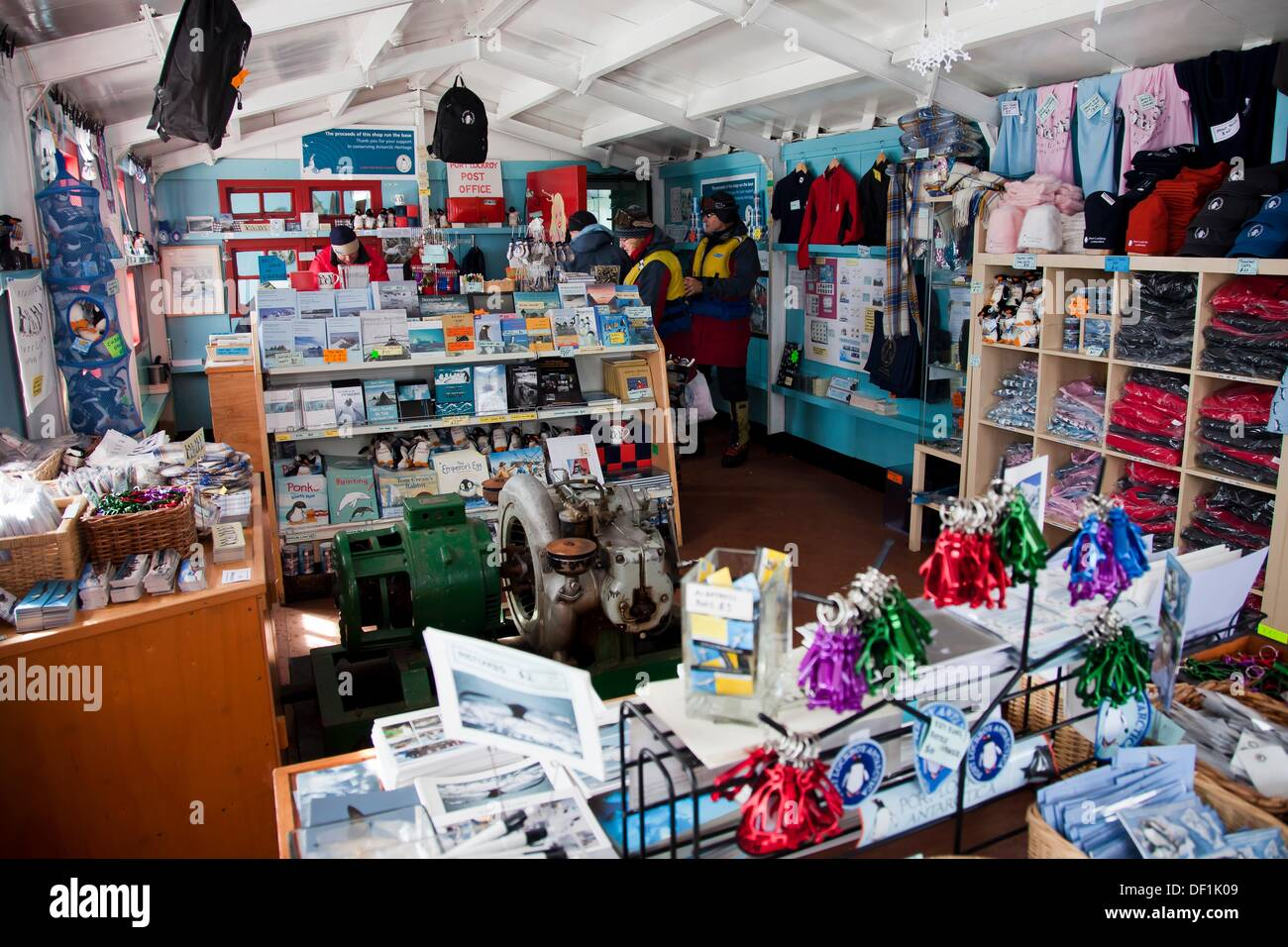 Souvenir Shop Port Lockroy Base Now Museum Wiencke Island
