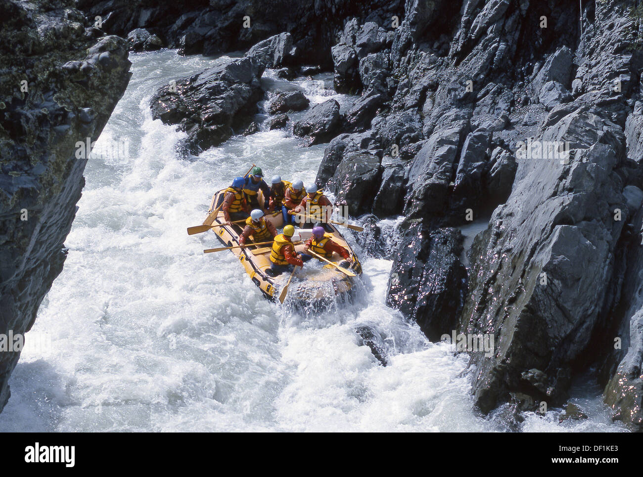 Tricky navigation whitewater rafting Rangitata River Canterbury New Zealand - Stock Image