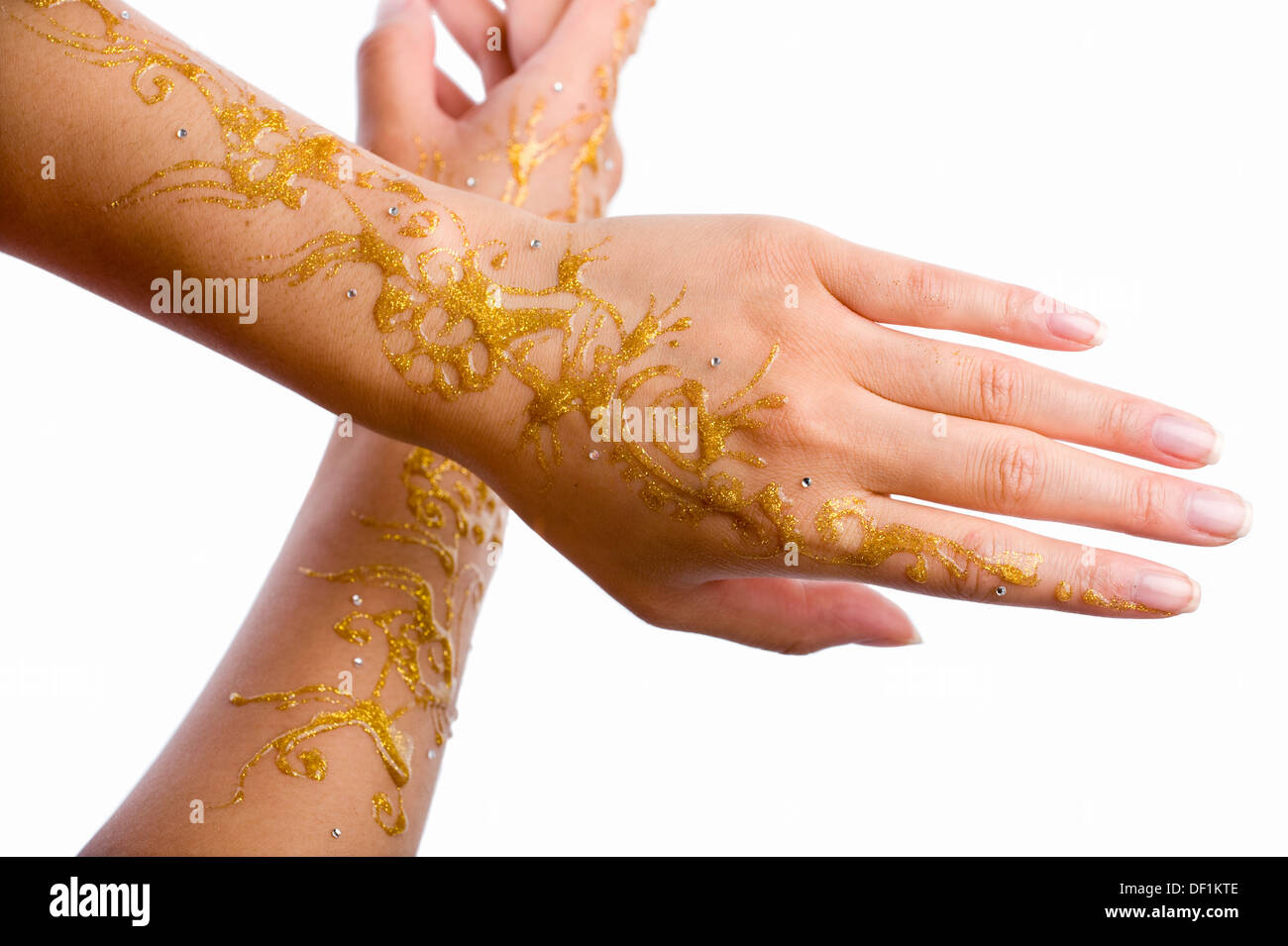 An asian bride with painted hands - Stock Image