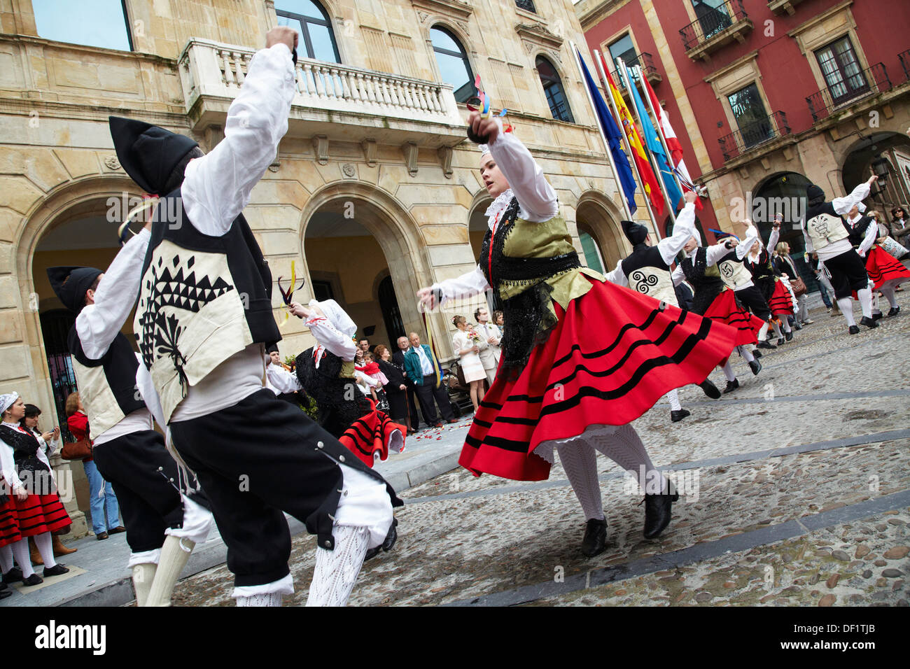 Folk dance, Asturian folklore, Plaza mayor, Gijon, Asturias  Spain. - Stock Image
