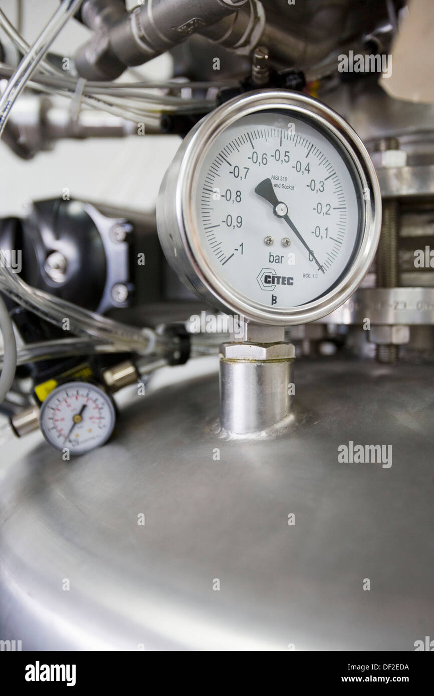 Pressure valve. Pilot plant, Laboratories, AZTI-Tecnalia. Technological Centre specialised in Marine and Food Research. - Stock Image