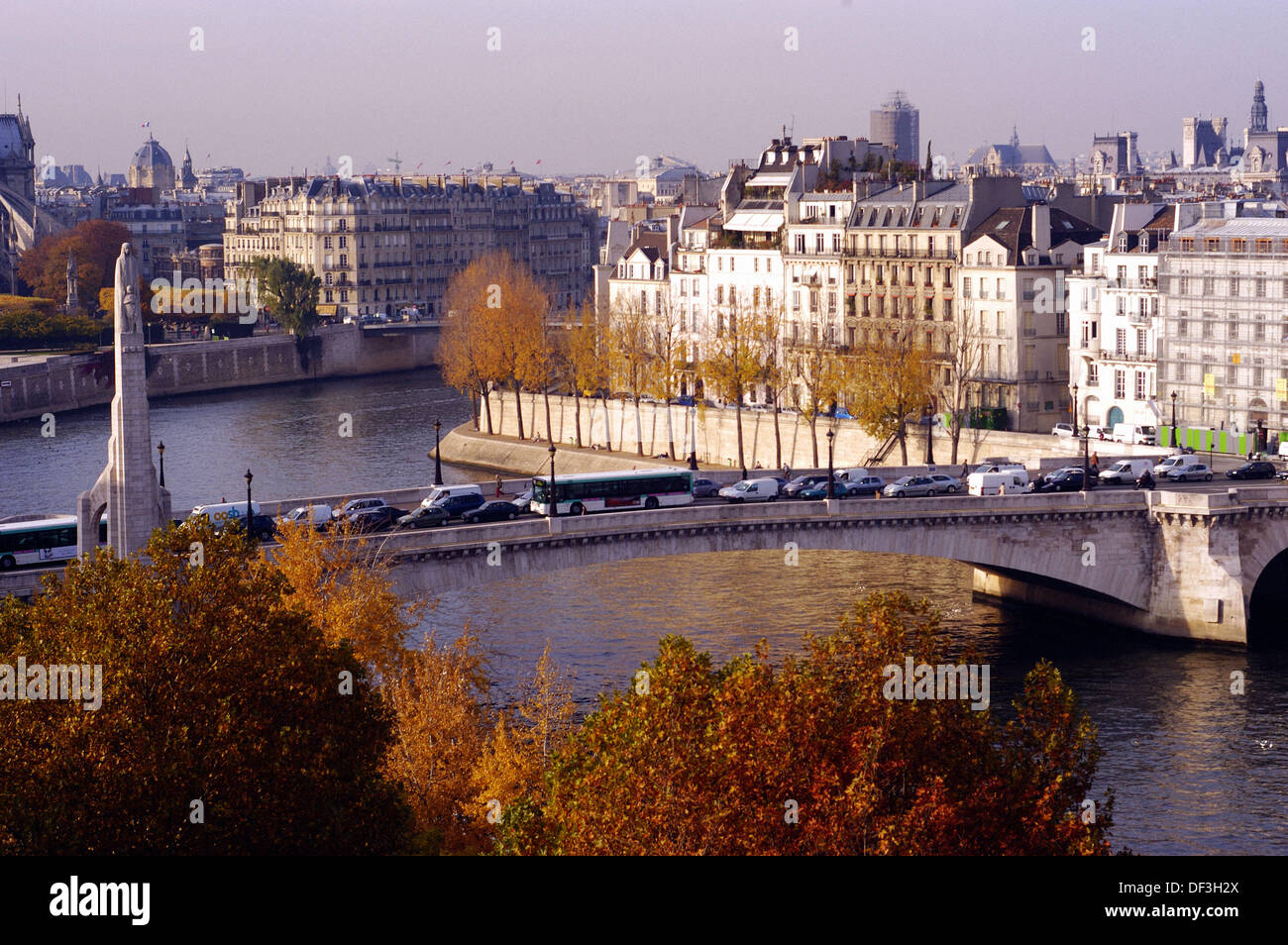 Aerial view of Île Saint-Louis and Pont de la Tournelle. Paris. France - Stock Image