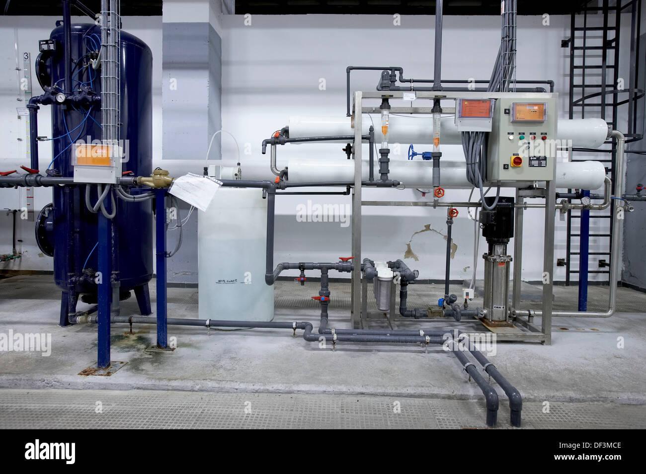 Reverse osmosis facility to purificate water. Hospital Universitario Gran Canaria Doctor Negrin, Las Palmas de Gran Canaria. - Stock Image