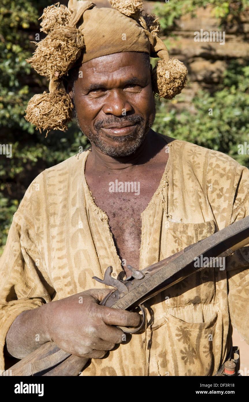 Senoufo hunters, Festivities, Loulouni Village, Sikasso area, Mali, Africa. - Stock Image