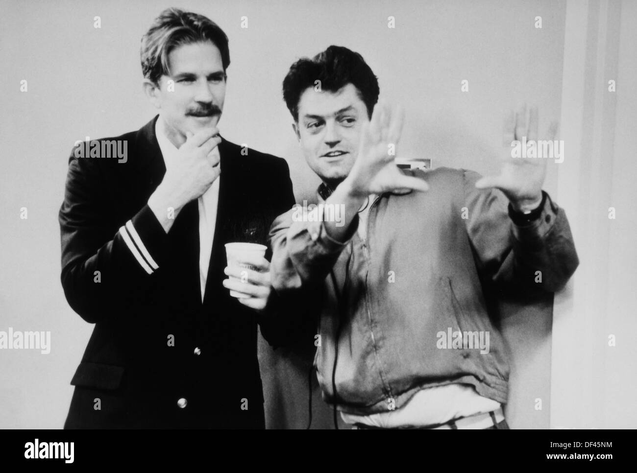 Jonathan Demme Directing Matthew Modine On-Set of the Film, 'Married to the Mob', 1988 - Stock Image
