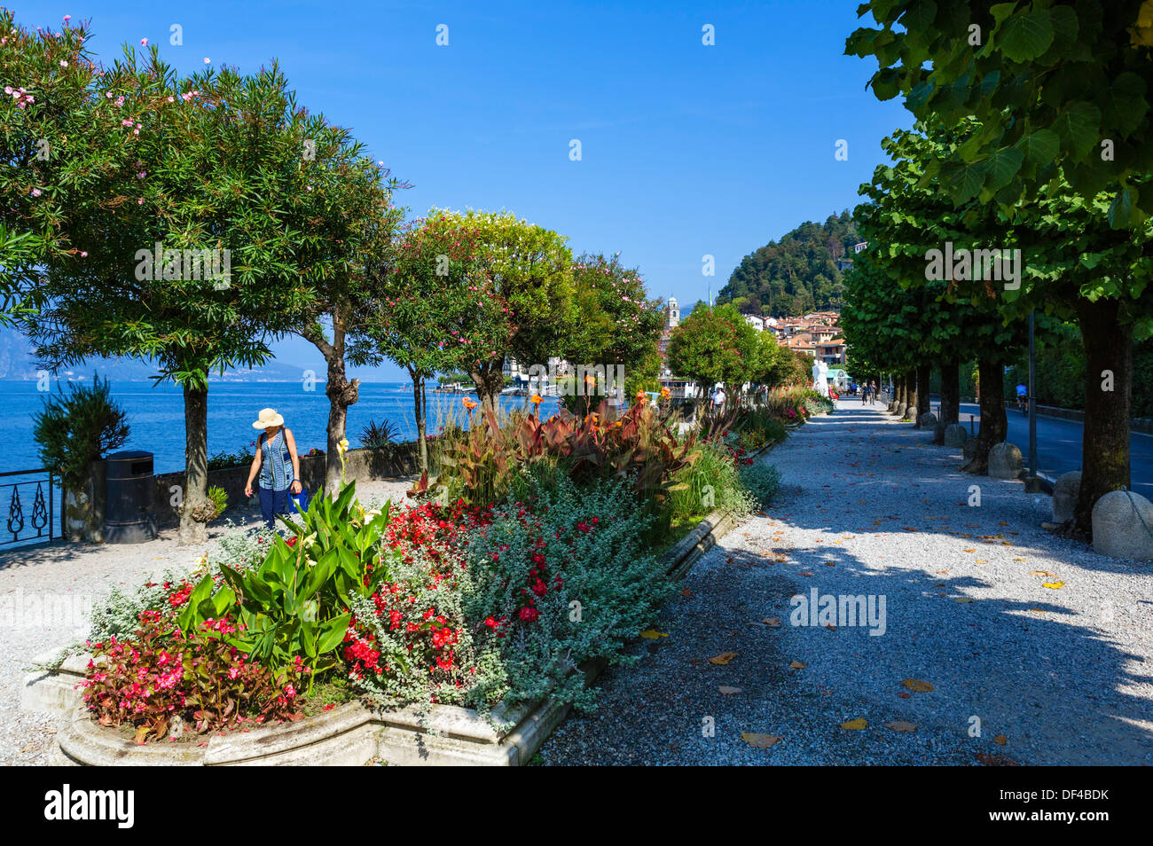 The lakefront promenade in Bellagio, Lake Como, Lombardy, Italy - Stock Image