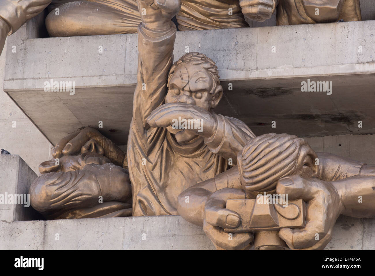 The Audience by Michael Snow. Baseball fan gargoyles at the Rogers Centre (formerly The Skydome) in Toronto, Ontario. - Stock Image