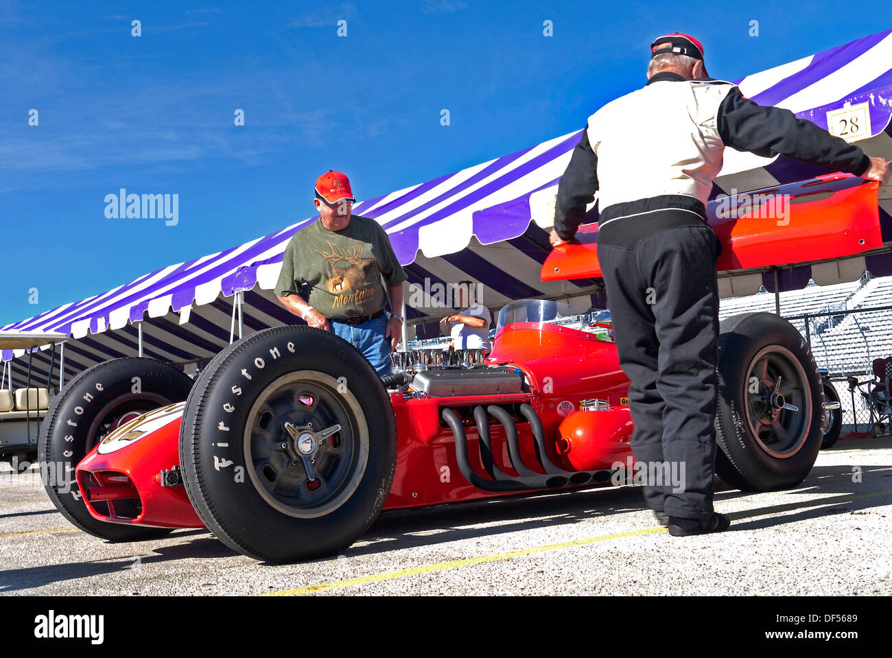 Vintage Indy Car Stock Photos & Vintage Indy Car Stock Images - Alamy