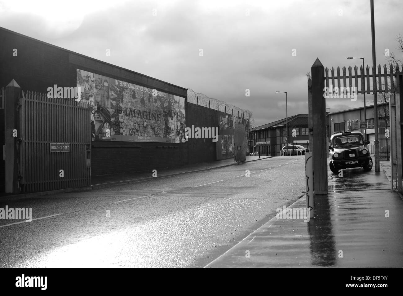 Northumberland Street, Checkpoint between Falls Road and Shankill Road, West Belfast, UK. - Stock Image