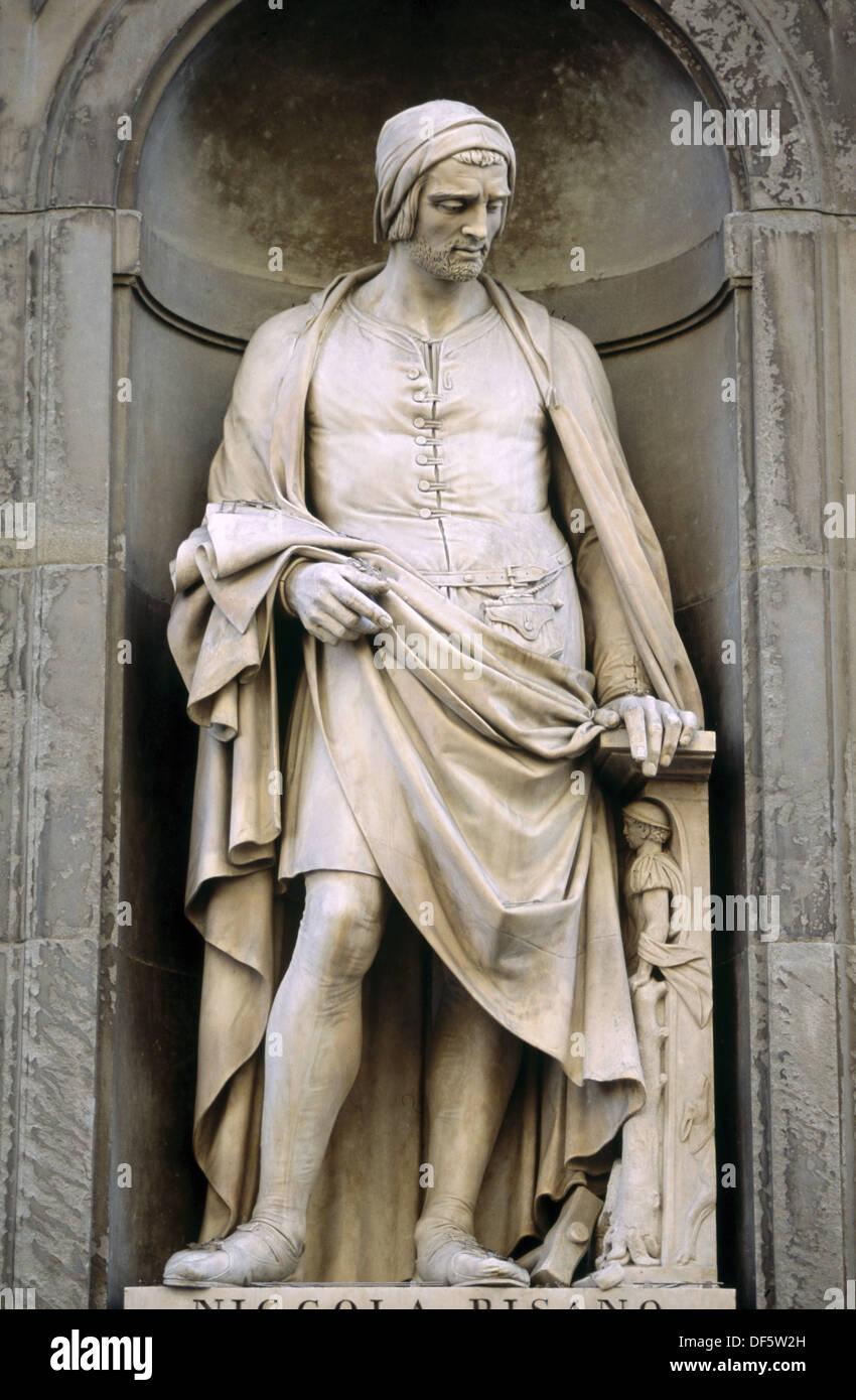 Niccola Pisano statue in the Piazzale degli Uffizi. Florence. Tuscany, Italy Stock Photo