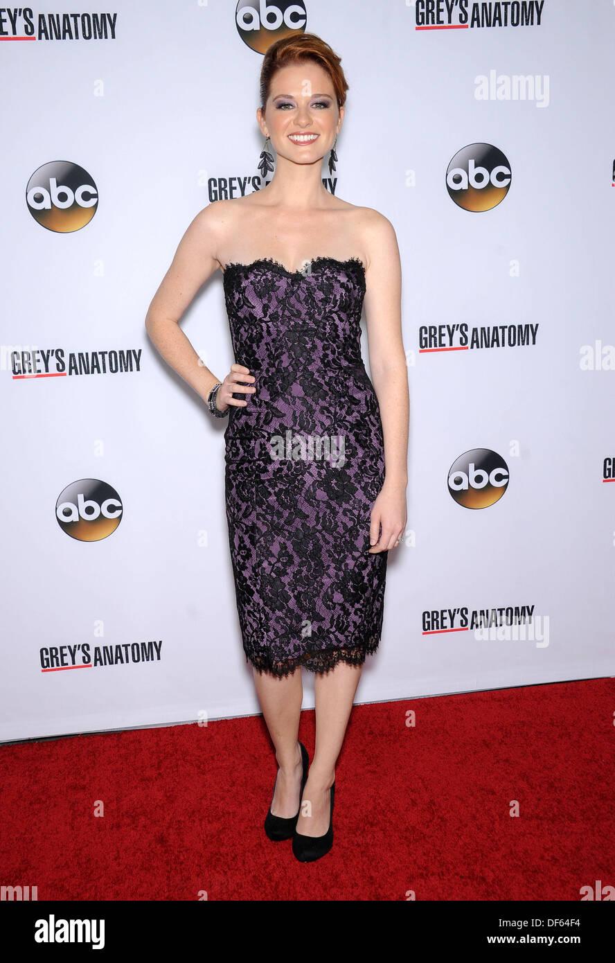 Hollywood, California, USA. 28th Sep, 2013. Sarah Drew arrives for ...