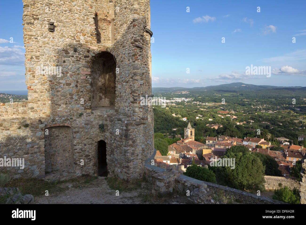 Ruins of castle and village, Grimaud, Var, Provence-Alpes-Cote d'Azur, France, Europe - Stock Image